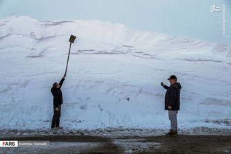 بارش چند متری برف در گردنههای کردستان +عکس